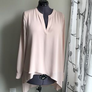 NWOT BCBG SZ L BLUSH TUNIC BLOUSE